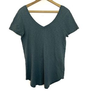 Chaser Gray Middle Seam V Neck Short Sleeve Tee